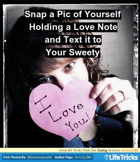 snap-a-selfie-for-a-flirty-text (1)