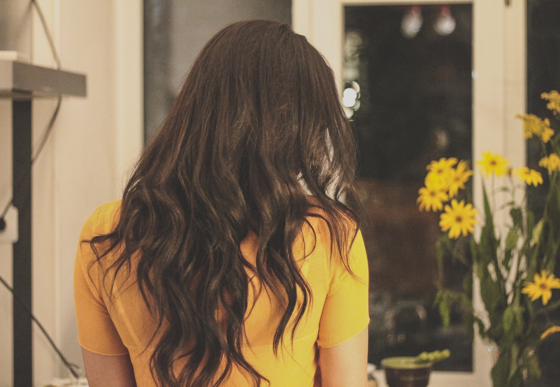 Now that you have a better idea of the benefits which essential oils can offer, it's time to get started making your own healthy hair serum. This serum takes minutes to make, but the results it produces will leave you with healthy, shiny, damage-free hair.